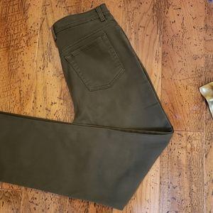 2 for 20 Gloria Vanderbilt Amanda Olive Jeans